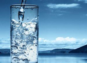 Manfaat Air Putih bagi Tubuh Manusia